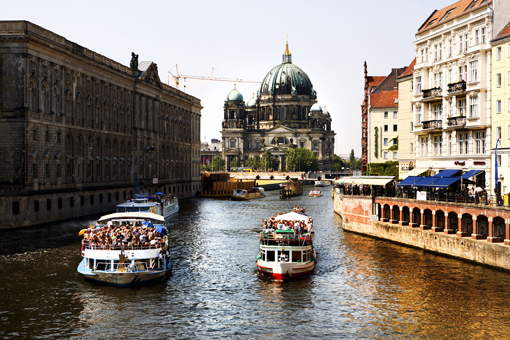 mobilee records at stadt strand fluss event berlin beats boats july 9 2011 berlin. Black Bedroom Furniture Sets. Home Design Ideas